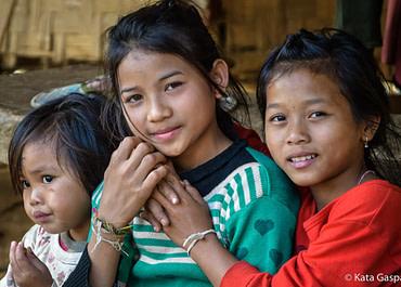 Ázsiai kultúrák – Khmu emberek, Laosz