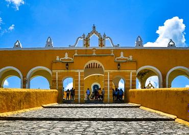 Izamal, a mangó színű mexikói város