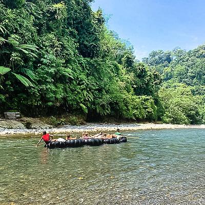 Rafting a szumátrai dzsungelben - Tüske Ágnes írása