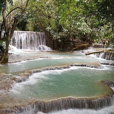 Hajózás a Mekongon, látogatás Laoszban 2. rész - Erdei Csilla írása